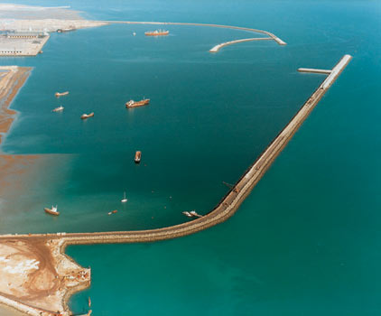 02-BandarAbbas-Harbours