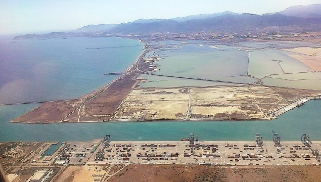 02-Cagliari-Harbours